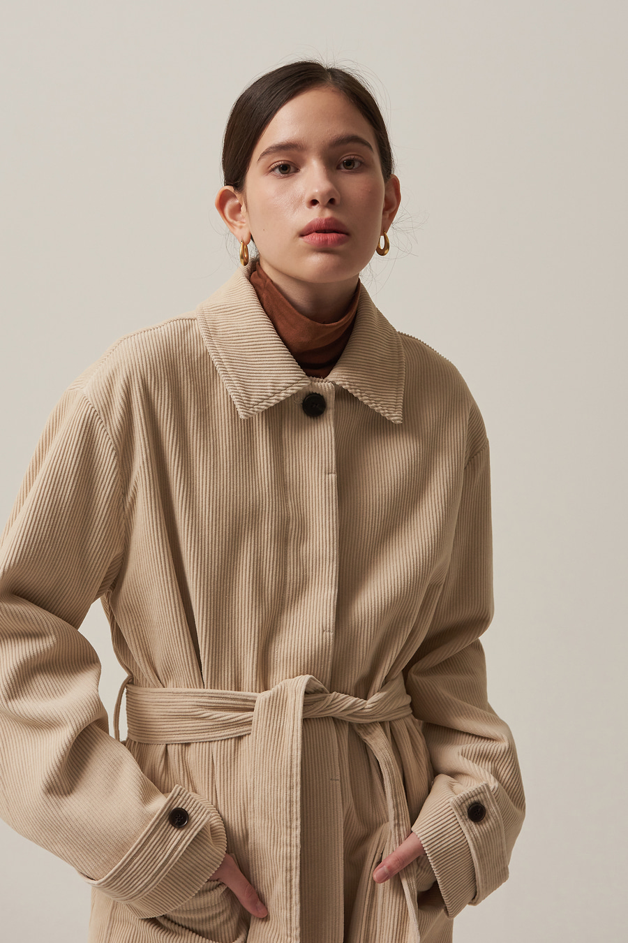 유라고 URAGO Corduroy long coat